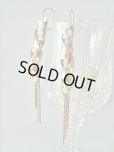 【SOLD OUT ありがとうございました!】\ラスト1点です!/【お客様の声あり♪】(ギリシャアクセサリー)スワロフスキークリスタル・ピンクゴールドメタル・スパイラルデザインロングピアス(Bタイプ)